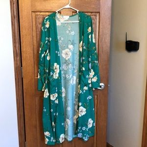 Lularoe Beautiful Green Floral Sarah Sweater NWT
